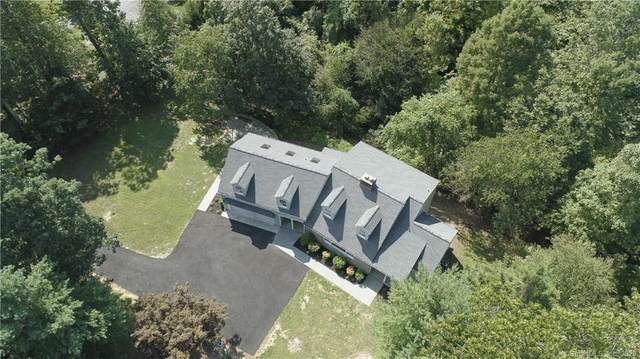 15 Carriage Road, Greenwich, CT 06807 (MLS #170338470) :: The Higgins Group - The CT Home Finder