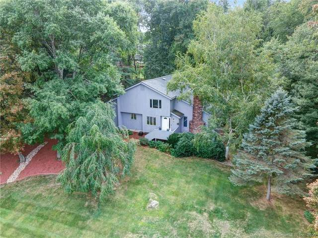 28 Huntingridge Drive, Glastonbury, CT 06073 (MLS #170338990) :: Team Feola & Lanzante | Keller Williams Trumbull