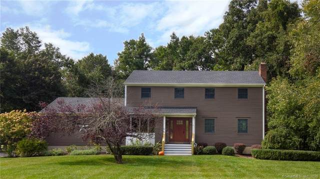6 Mayflower Drive, Brookfield, CT 06804 (MLS #170339064) :: Kendall Group Real Estate | Keller Williams