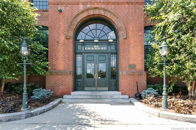 25 Grand Street #165, Norwalk, CT 06851 (MLS #170339143) :: Team Feola & Lanzante   Keller Williams Trumbull