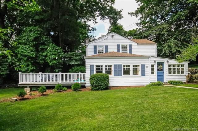 23 Hoyt Court, Darien, CT 06820 (MLS #170339700) :: Frank Schiavone with William Raveis Real Estate