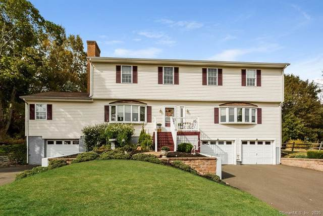 16 Wildwood Acres, Middlefield, CT 06481 (MLS #170339703) :: The Higgins Group - The CT Home Finder