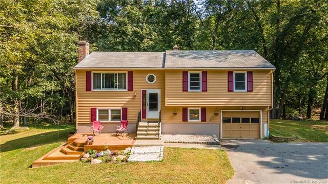 46 Inchcliffe Drive, Ledyard, CT 06335 (MLS #170339808) :: The Higgins Group - The CT Home Finder