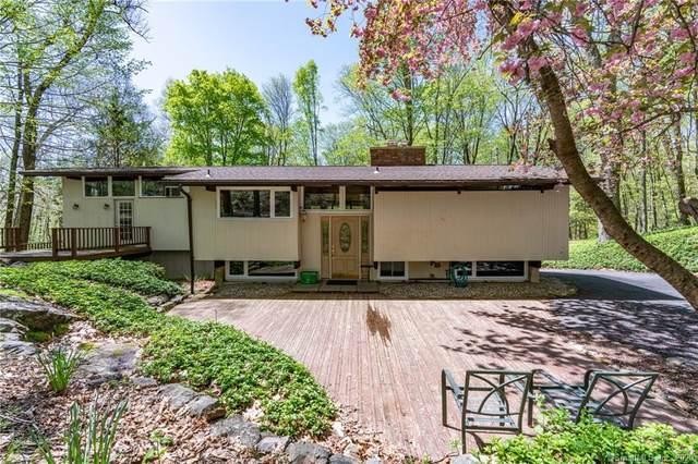 1 Lake Road, Newtown, CT 06470 (MLS #170340074) :: Kendall Group Real Estate | Keller Williams