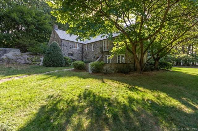 11 Searles Road, Darien, CT 06820 (MLS #170340084) :: Frank Schiavone with William Raveis Real Estate