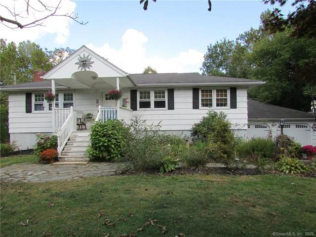 31 Sheffield Road, North Haven, CT 06473 (MLS #170340347) :: Frank Schiavone with William Raveis Real Estate