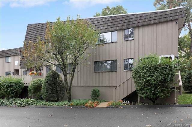 12 Ledgebrook Drive #12, Norwalk, CT 06854 (MLS #170340550) :: Kendall Group Real Estate | Keller Williams