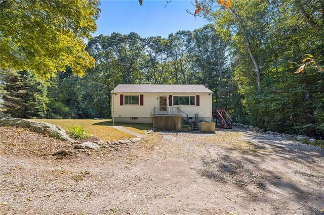 377R Pumpkin Hill Road, Ledyard, CT 06339 (MLS #170340610) :: Kendall Group Real Estate | Keller Williams