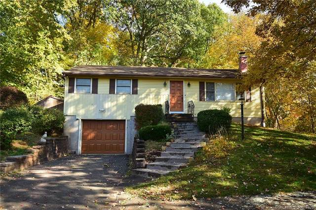 144 South Street, Cromwell, CT 06416 (MLS #170342518) :: Carbutti & Co Realtors