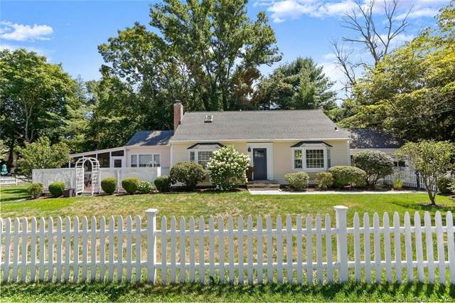 3 Red Barn Lane, Norwalk, CT 06850 (MLS #170342875) :: Michael & Associates Premium Properties | MAPP TEAM