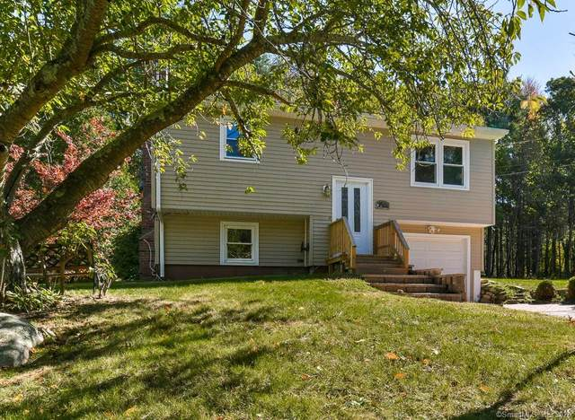 40 Tanglewood Lane, Voluntown, CT 06384 (MLS #170343143) :: Kendall Group Real Estate | Keller Williams