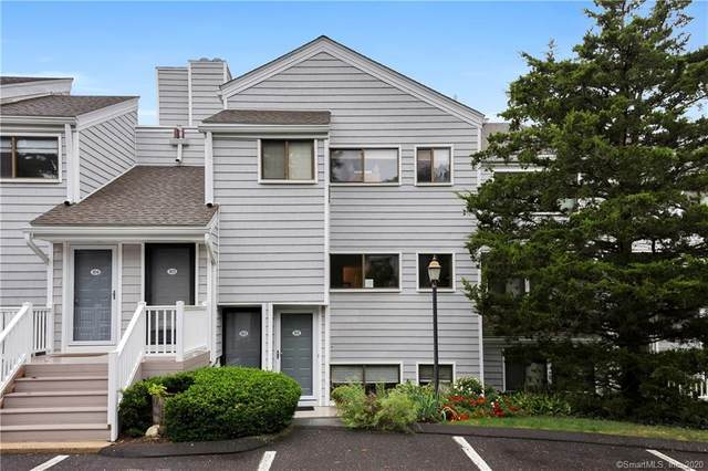 101 Rowayton Woods Drive #101, Norwalk, CT 06854 (MLS #170343163) :: Team Phoenix