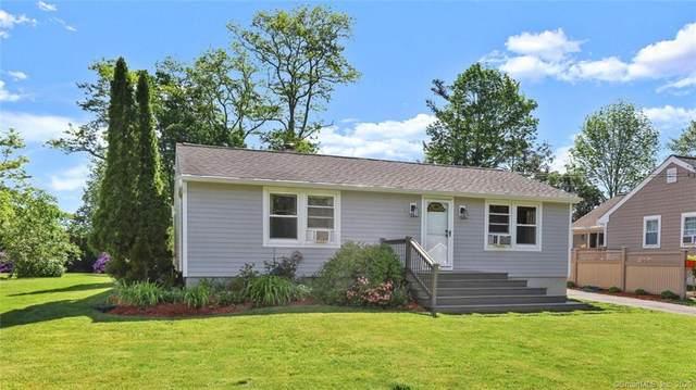 7 Rochambeau Avenue, Ridgefield, CT 06877 (MLS #170343462) :: Kendall Group Real Estate | Keller Williams