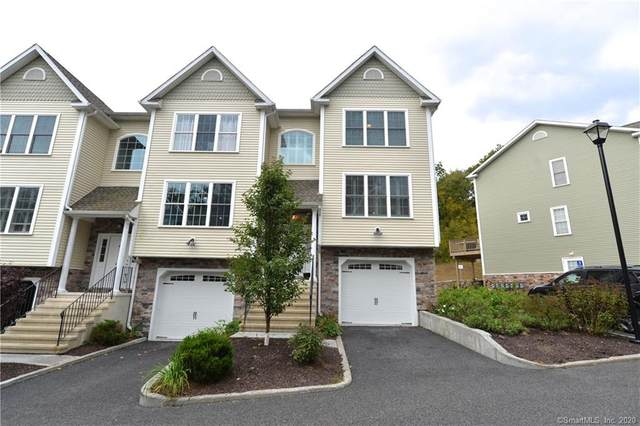 12 Short Oak Drive #1501, Brookfield, CT 06804 (MLS #170343567) :: Frank Schiavone with William Raveis Real Estate