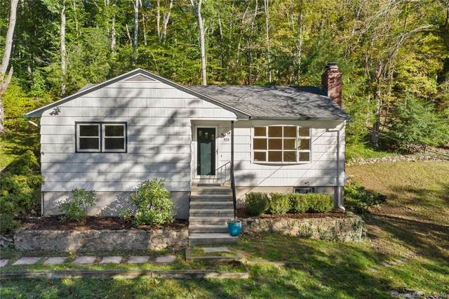 888 Mount Carmel Avenue, Hamden, CT 06518 (MLS #170345058) :: Frank Schiavone with William Raveis Real Estate