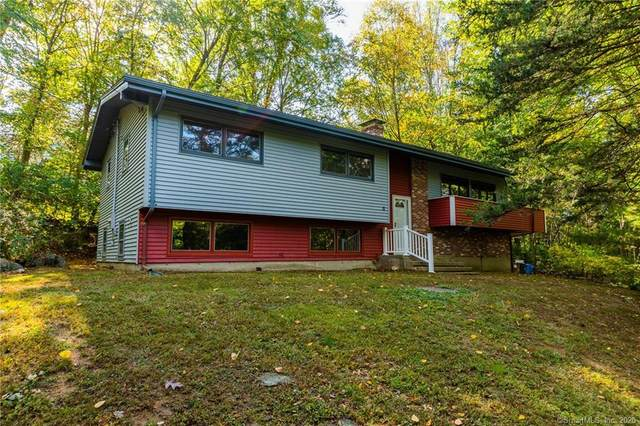 11 Meadow Drive, Ledyard, CT 06335 (MLS #170345176) :: Michael & Associates Premium Properties | MAPP TEAM