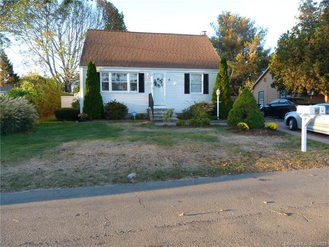17 South Parkway, Clinton, CT 06413 (MLS #170345585) :: Kendall Group Real Estate | Keller Williams