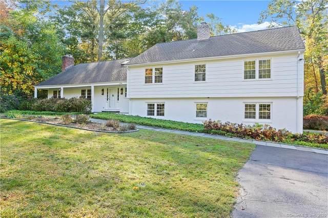 2 Sherry Lane, Darien, CT 06820 (MLS #170345649) :: Frank Schiavone with William Raveis Real Estate