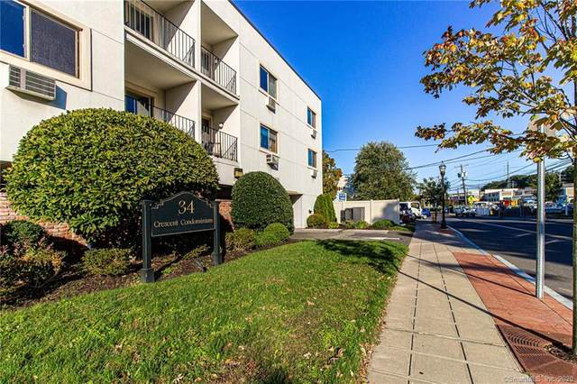 34 Crescent Street 2F, Stamford, CT 06906 (MLS #170345685) :: Kendall Group Real Estate | Keller Williams