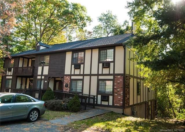 8 Carlisle Court #8, Brookfield, CT 06804 (MLS #170345891) :: Around Town Real Estate Team