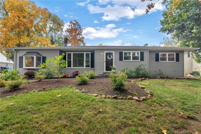 90 Cedar Hill Road, Guilford, CT 06437 (MLS #170345953) :: Frank Schiavone with William Raveis Real Estate