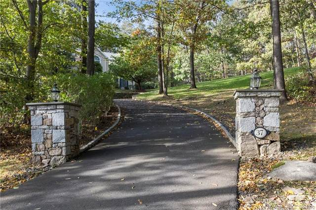 37 Indian Cave Road, Ridgefield, CT 06877 (MLS #170346169) :: Frank Schiavone with William Raveis Real Estate