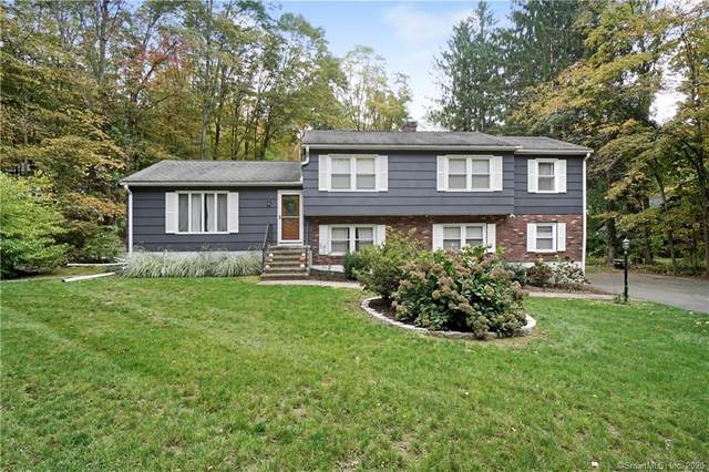 23 Hungry Hill Circle, Guilford, CT 06437 (MLS #170346975) :: Carbutti & Co Realtors