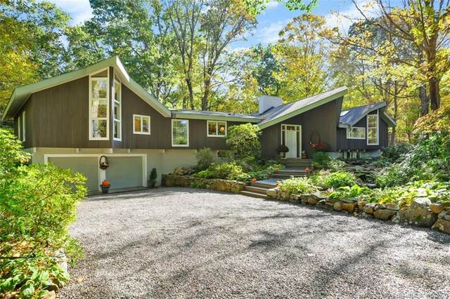161 Old Huckleberry Road, Wilton, CT 06897 (MLS #170347044) :: Galatas Real Estate Group