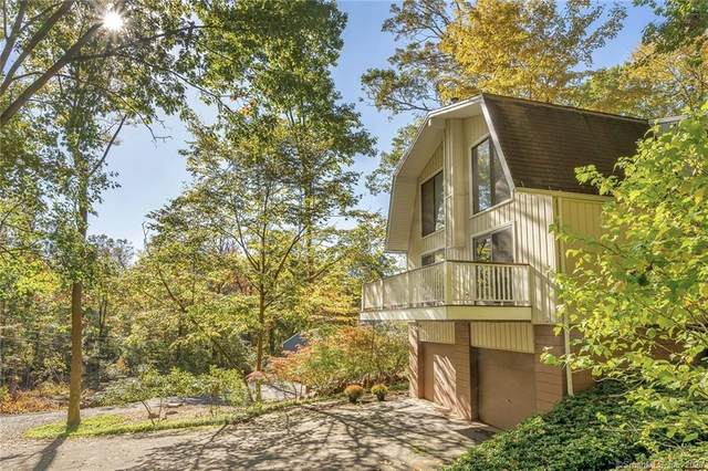 662 W Hill Road, Stamford, CT 06902 (MLS #170347273) :: Michael & Associates Premium Properties | MAPP TEAM
