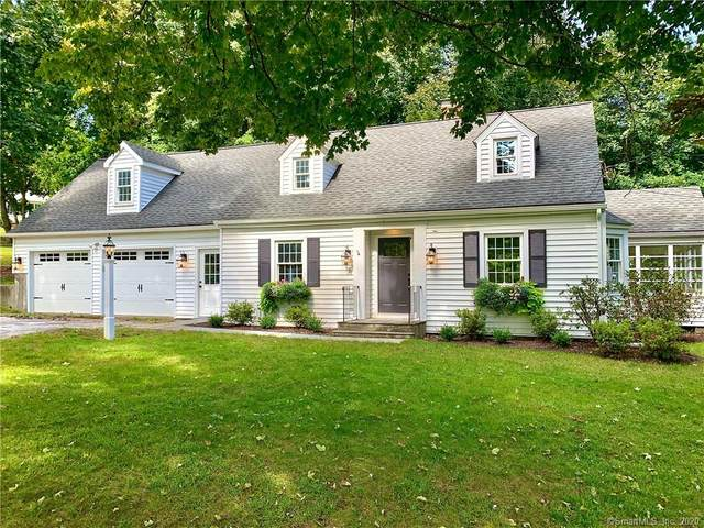 3 Schoolhouse Hill Road, Newtown, CT 06470 (MLS #170347562) :: Frank Schiavone with William Raveis Real Estate