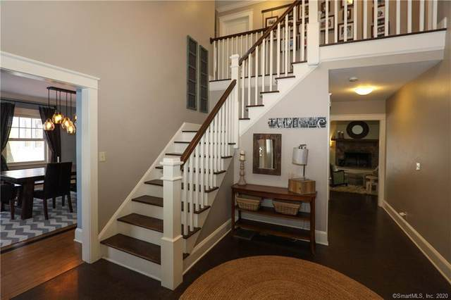 18 Cardinal Court, Ridgefield, CT 06877 (MLS #170348243) :: Around Town Real Estate Team