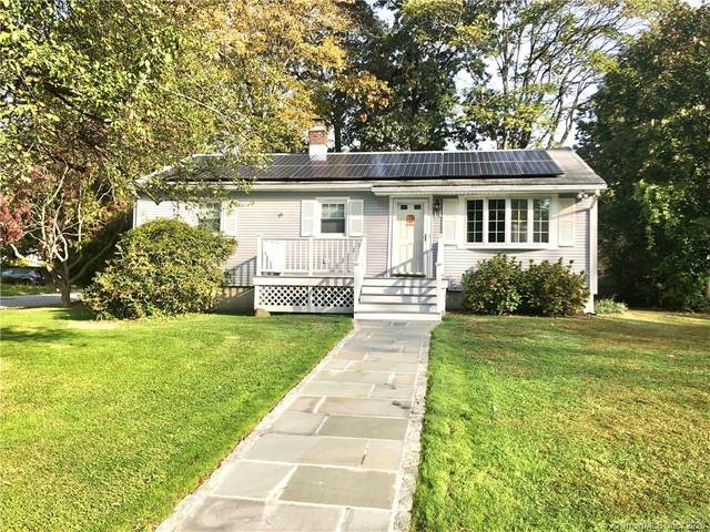14 Greenbriar Circle, Fairfield, CT 06824 (MLS #170348344) :: Frank Schiavone with William Raveis Real Estate