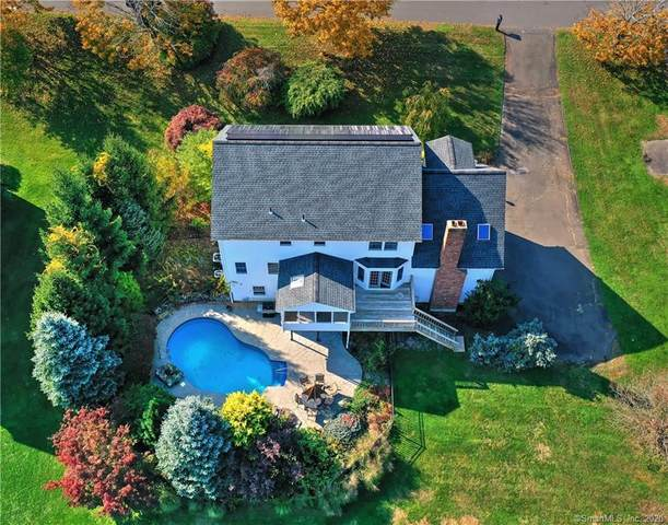 8 Huntington Drive, Danbury, CT 06811 (MLS #170349157) :: Michael & Associates Premium Properties | MAPP TEAM