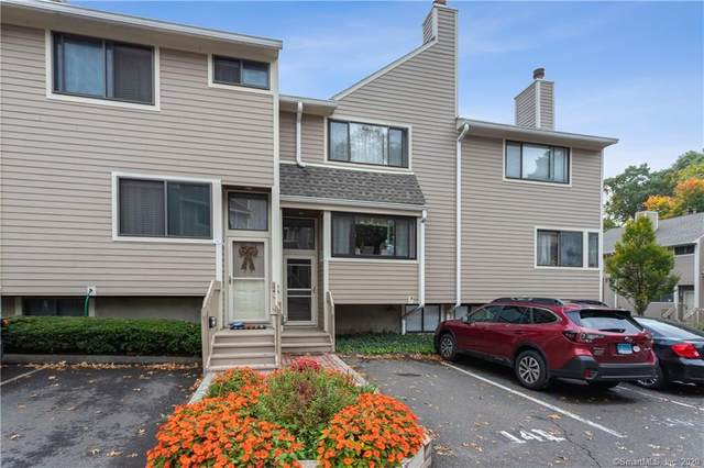 141 Sunrise Hill Lane #141, Norwalk, CT 06851 (MLS #170349205) :: Michael & Associates Premium Properties | MAPP TEAM
