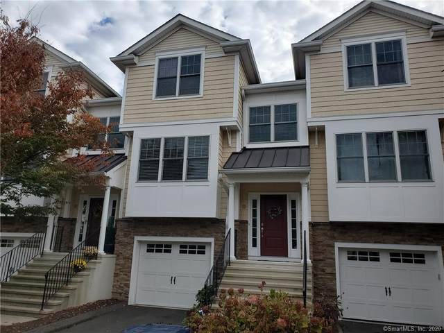 405 Woodland Hills Drive #405, Trumbull, CT 06611 (MLS #170350987) :: Around Town Real Estate Team