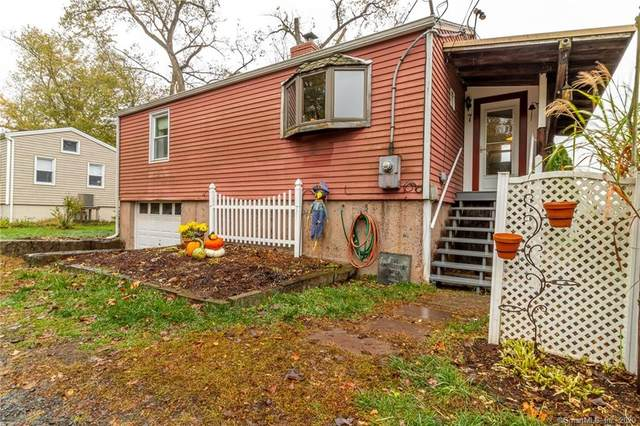 7 Riverview Street Extension, Portland, CT 06480 (MLS #170351108) :: Sunset Creek Realty