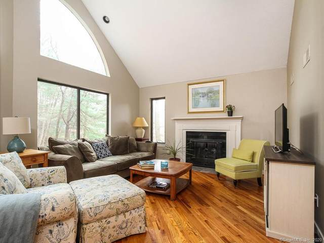 80 Greentree Drive, Glastonbury, CT 06033 (MLS #170355345) :: Sunset Creek Realty