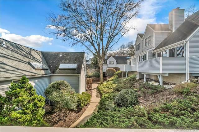 30 Wilton Crest #30, Wilton, CT 06897 (MLS #170355638) :: Kendall Group Real Estate   Keller Williams