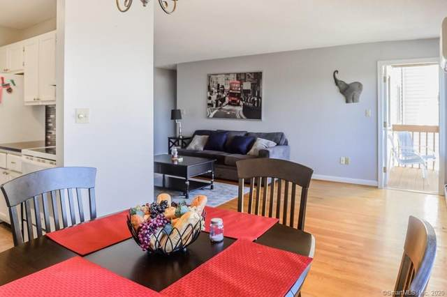 195 Woodland Drive #195, Cromwell, CT 06416 (MLS #170356857) :: Carbutti & Co Realtors