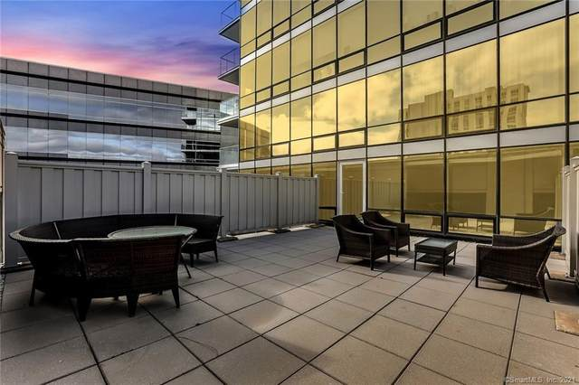 1 Broad Street 8G, Stamford, CT 06901 (MLS #170357306) :: Galatas Real Estate Group