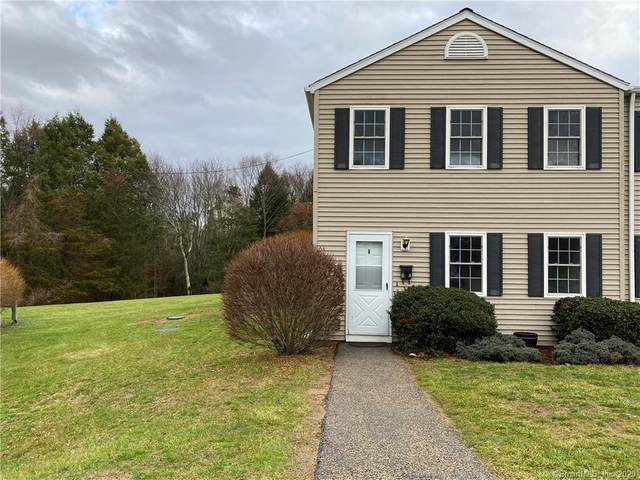 8 Westchester Hills A, Colchester, CT 06415 (MLS #170358371) :: The Higgins Group - The CT Home Finder