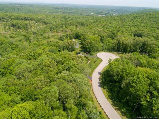 26 Fawns Meadow Road, Montville, CT 06370 (MLS #170358421) :: Around Town Real Estate Team