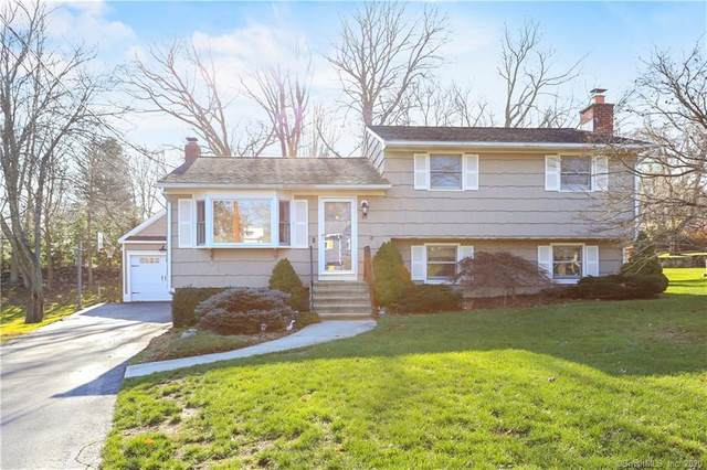 77 Pepperidge Circle, Fairfield, CT 06824 (MLS #170358477) :: The Higgins Group - The CT Home Finder