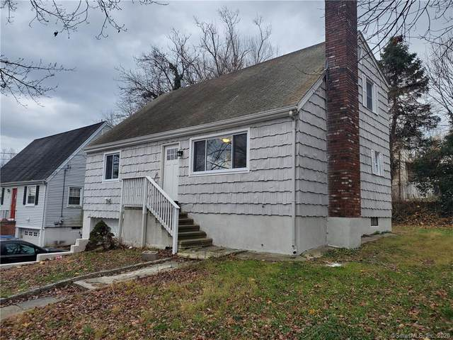 15 Robins Square E, Norwalk, CT 06854 (MLS #170358571) :: The Higgins Group - The CT Home Finder