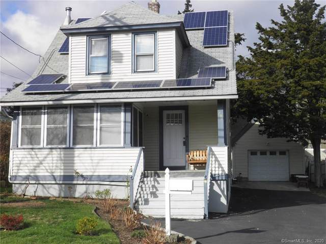 490 Castle Avenue, Fairfield, CT 06825 (MLS #170358578) :: The Higgins Group - The CT Home Finder