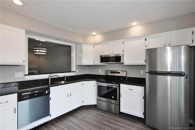 8 Driftway Road B5, Danbury, CT 06811 (MLS #170359115) :: Around Town Real Estate Team