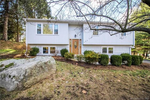 127 Mountain View Drive, New Milford, CT 06776 (MLS #170359474) :: Around Town Real Estate Team