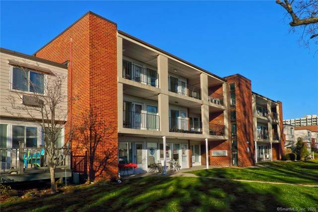 281 West Walk #281, West Haven, CT 06516 (MLS #170360025) :: Mark Boyland Real Estate Team