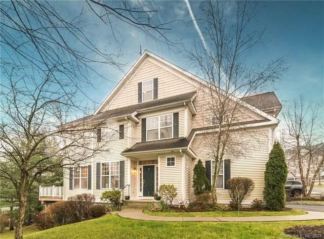 15 Maura Lane #15, Danbury, CT 06810 (MLS #170360236) :: Around Town Real Estate Team