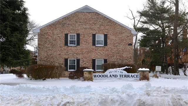 37 Woodway Road B5, Stamford, CT 06907 (MLS #170361438) :: Mark Boyland Real Estate Team